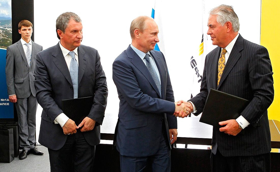 Tillerson with Vladimir Putin and Rosneft's Igor Sechin. Kremlin.ru