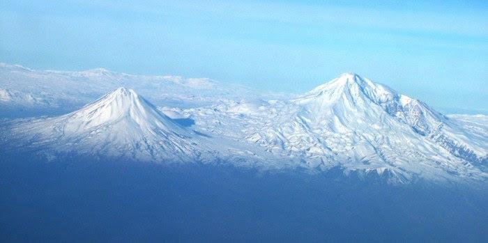 Картинки по запросу фото вид Масиса из самолёта