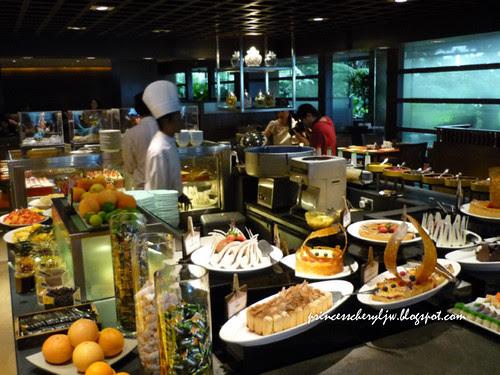 Spice Market dessert station 01