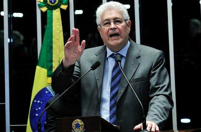 Requião do PMDB critica processo. Foto: Geraldo Magela/Agência Senado