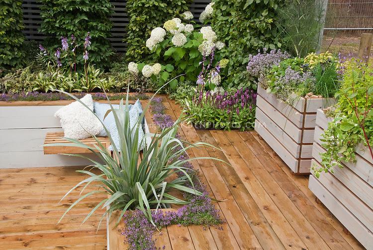Patios, Decks, & Garden Rooms - Images   Plant & Flower Stock