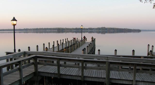 Wayzata Docks am