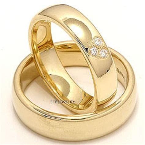 yellow gold matching   wedding bands diamonds