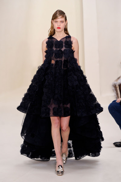 http://www1.pictures.stylebistro.com/it/Christian+Dior+Spring+2014+nMID0QKMs9dl.jpg