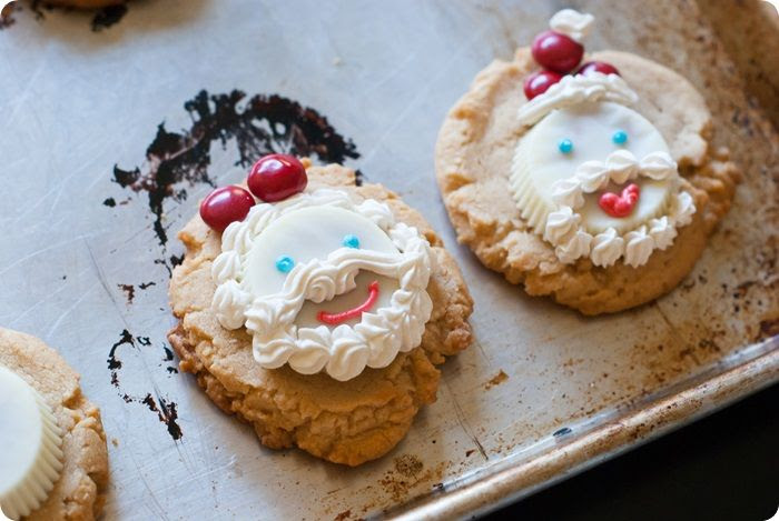 white chocolate peanut butter cup cookies santas photo whitechocolatepbchristmascookies3of7.jpg