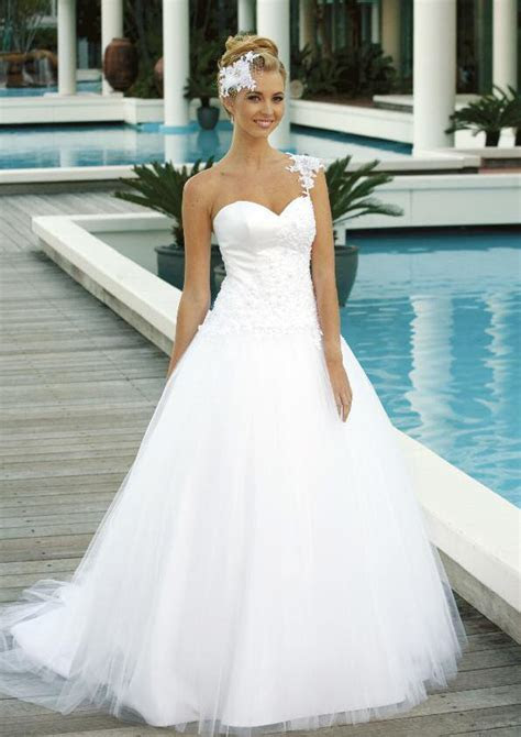 Gold Coast Wedding Dress ? Silk Brides