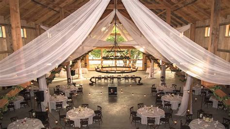 great neck wedding venues: Barn Wedding Venues In Texas