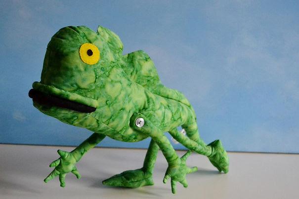 Καλλιτέχνιδα μετατρέπει τις ζωγραφιές παιδιών σε λούτρινα παιχνίδια (5)