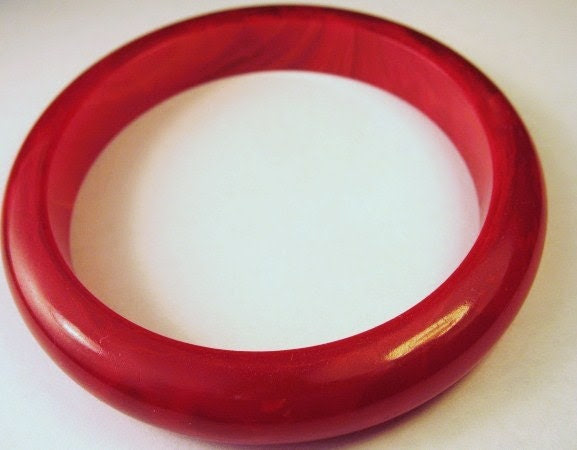 Cherry Red Chunky Scrumptuous Bakelite Bangle Bracelet one half inch domed