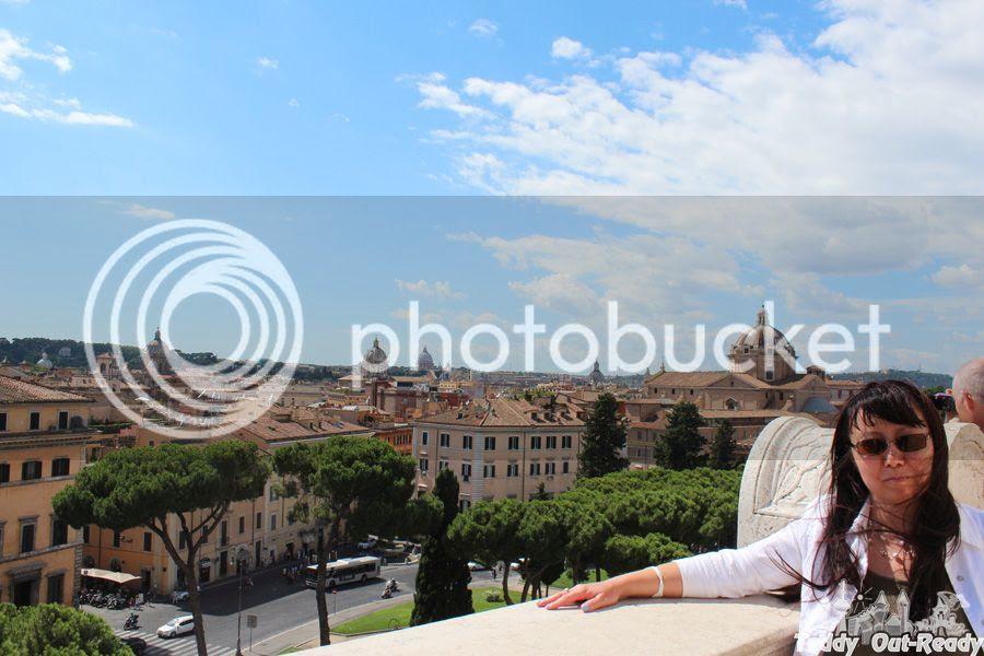 Italy Rome Mom