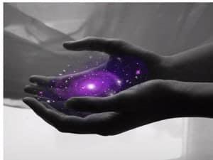 Energie zieht immer Energie der gleichen Intensität an