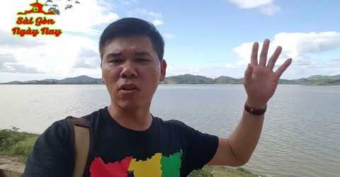 Đến buôn Jun hồ LắK ngắm cảnh và xem cuộc sống của người dân tộc M nông ở Đắc Lắk