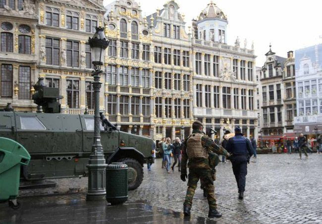 photo Brussels_lockdown1_zps4p6c4gxn.jpg