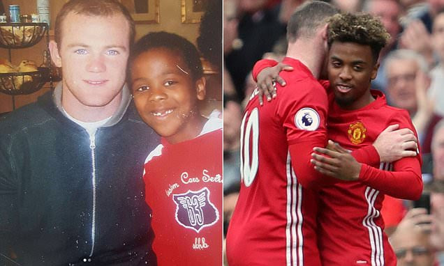 Man United: Angel Gomes photo with Wayne Rooney from 2007