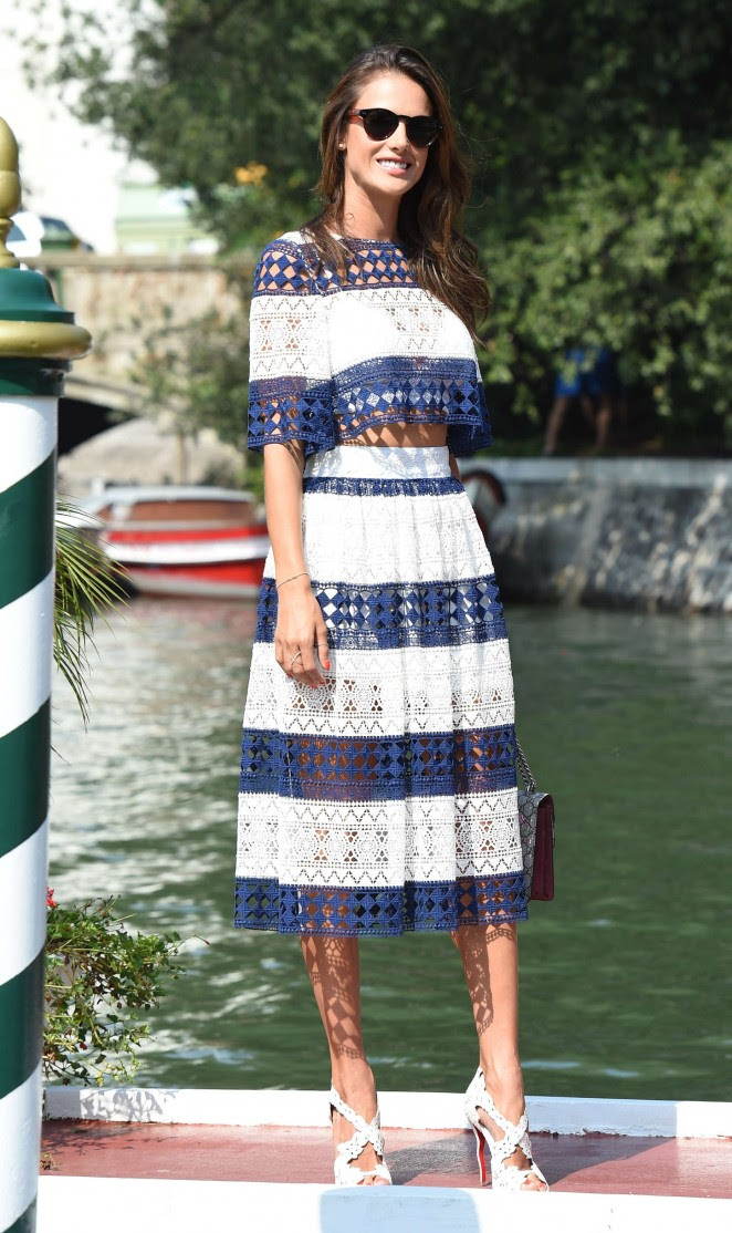 Alessandra Ambrosio out in Venice -03