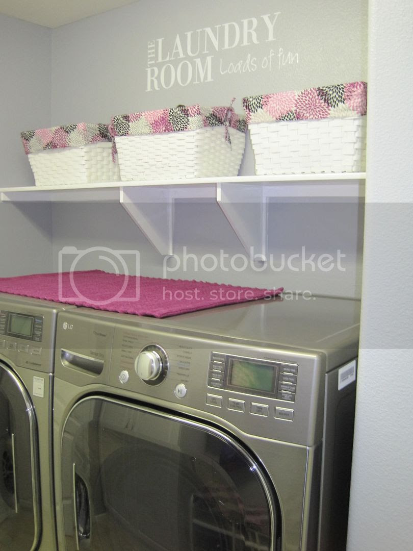 Carrie's Polka Dot Blogspot: Laundry Room Makeover
