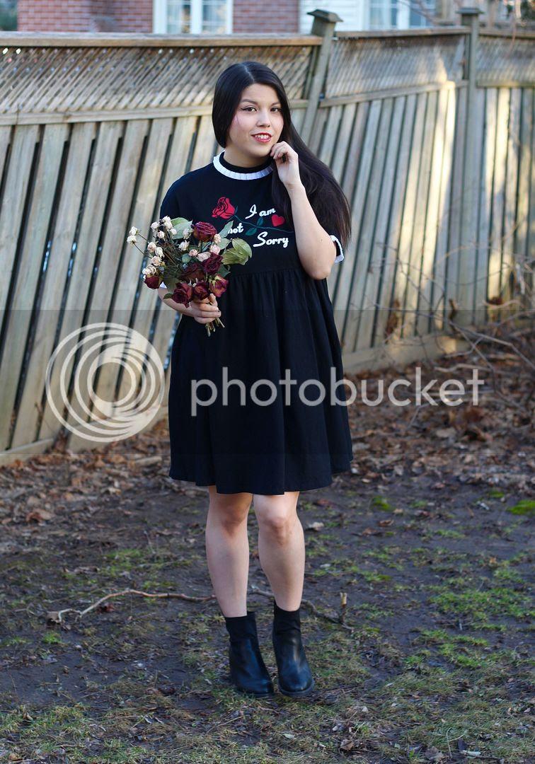 lazy oaf not sorry dress plus size fashion inbetweenie curvy fashion toronto canada blog blogger