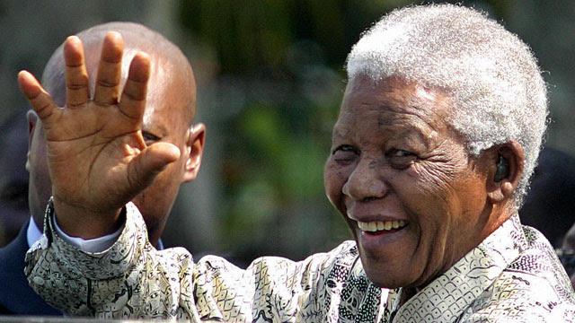 ماندلا در سال ۲۰۰۴