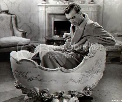 Gary Cooper in Louis XIV's bathtub