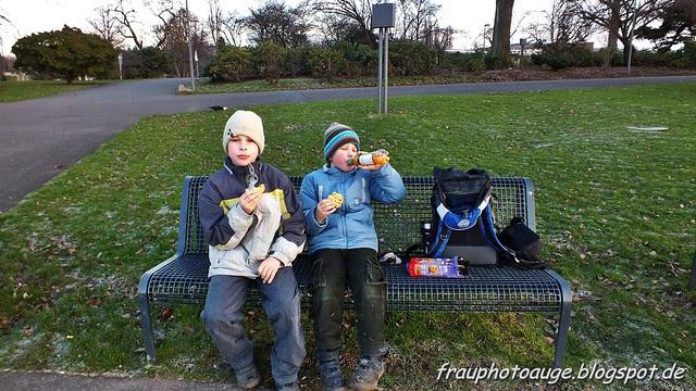 Pause im Rheinpark