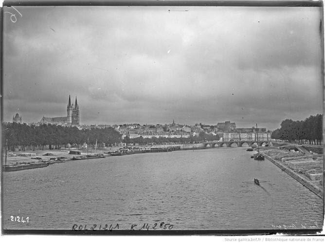 Vue d'Angers : [photographie de presse] / [Agence Rol]