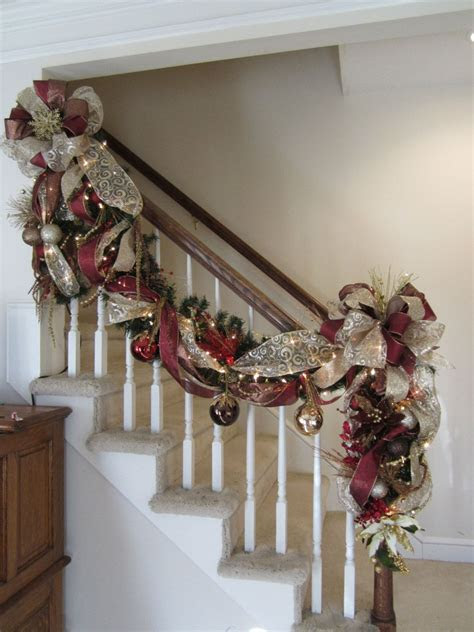 Christmas Stairway Garland & Post Swag, SHIPPING INCLUDED