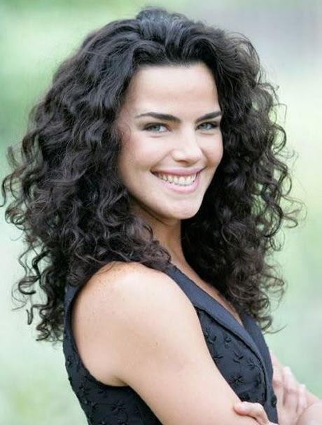 Curly  hairstyles  for 2019