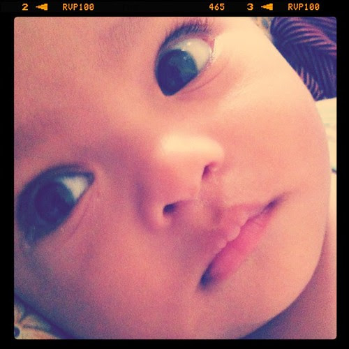 Baby Asyraf rindu ibu. Cepatla ibu balik Kelate