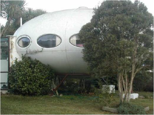Space Ship Homes 9