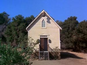 http://images2.wikia.nocookie.net/littlehouse/images/1/10/Wgchurchschool.jpg