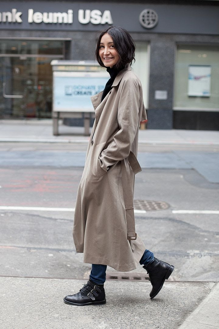 Le Fashion Blog -- Rainy Day Style Inspiration: Aziza Azim In A Long Trench Coat, Turtleneck & Buckle Boots -- photo Le-Fashion-Blog-Rainy-Day-Style-Inspiration-Aziza-Azim-Long-Trench-Coat-Turtleneck-Buckle-Boots.jpg