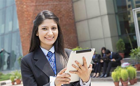 yoloportalcom offers  education  pakistan