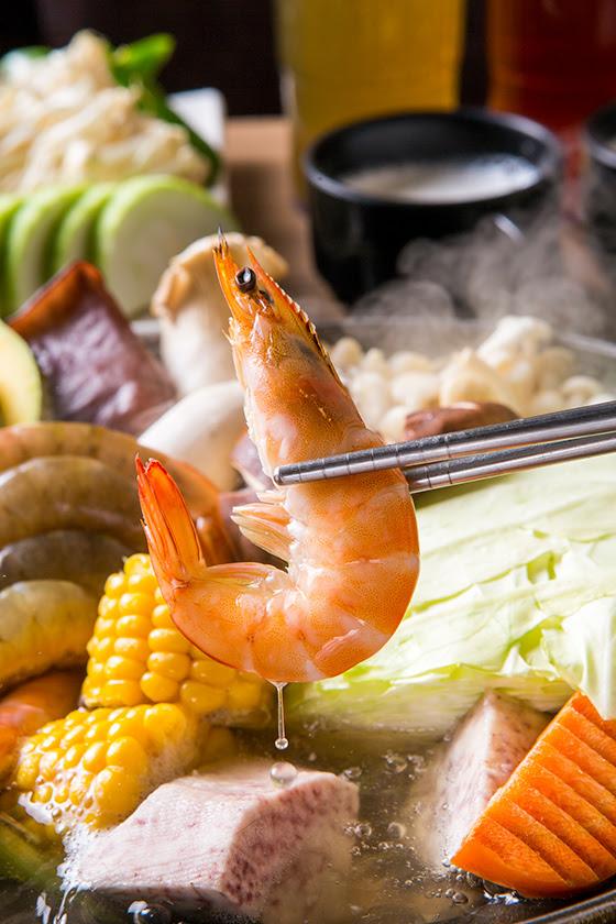 火舞/日式/燒肉/火鍋/燒烤/吃到飽