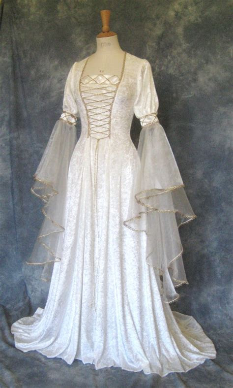renaissance wedding dresses ideas  pinterest