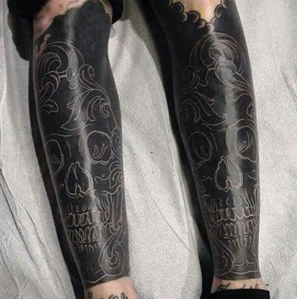 blackout-tattoo-trend3-600x606