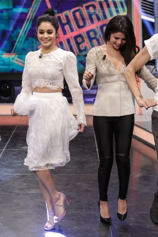 Vanessa-Hudgens-and-Selena-Gomez-at-El-Hormiguero-TV-Show-in-Madrid-Pictures-Photos-12