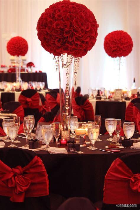 Black and Red   Wedding {Decor & Ideas}   Tall wedding