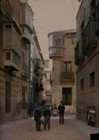 Calle Jardines hacia 1910. Autocromo de Jules  Gervais Courtellemont. Image by © National Geographic Society/Corbis