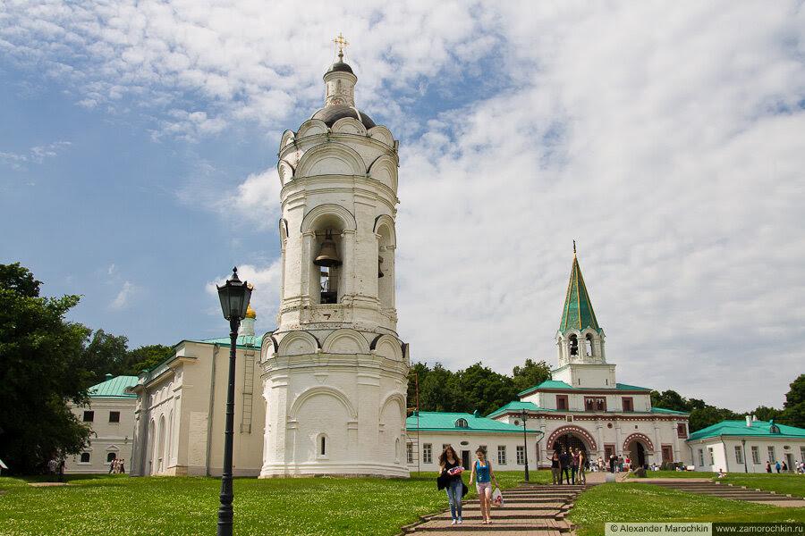 Колокольня церкви Святого Георгия Победоносца в Коломенском, Вознесенская площадь