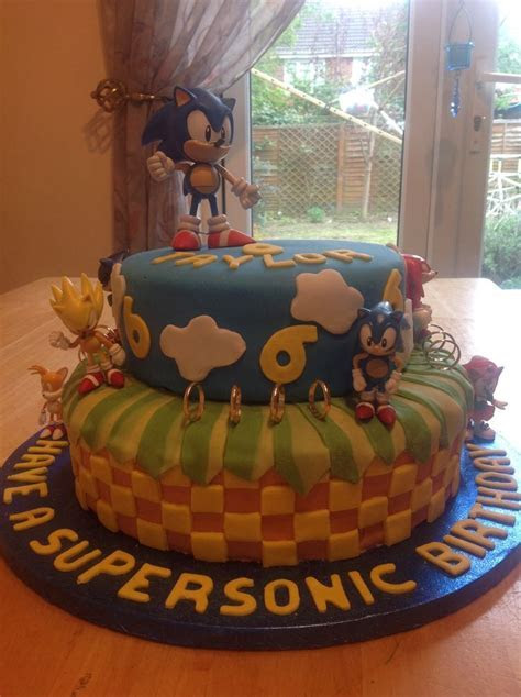 40 best Sonic / Mario Cakes images on Pinterest