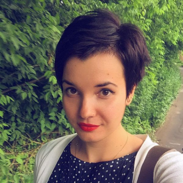 Pixie Cut Mit Dunkelbraun Haare Für Rundes Gesicht Allefrisurende