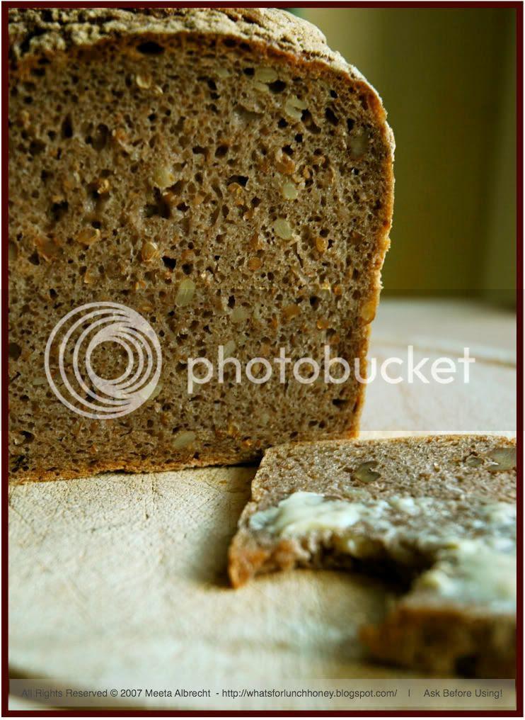 walnut bread (01)