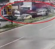Resultado de imagen para violento choque del camión contra 7 vehículos