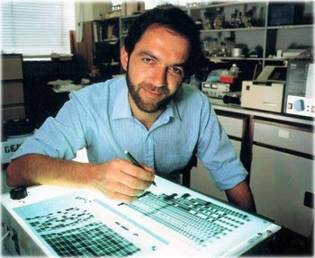 10. Alec Jeffreys e1317230910820 Top 10 Greatest Forensic Experts in the World