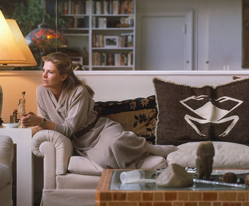 Candice Bergen in 1979 at home