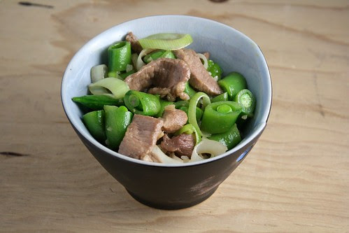 Stir-Fried Pork with Leeks and Sugar Snap Peas