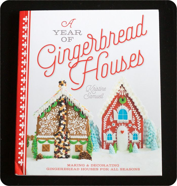 A Year of Gingerbread Houses : book review