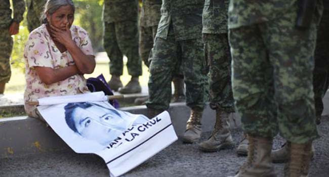 ONGs exhiben impactos psicosociales luego del caso Ayotzinapa