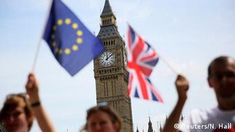 Ο Γκι Φερχόφστατ εκτιμά ότι οι Βρετανοί δεν ψήφισαν κατά της Ευρώπης, αλλά κατά της σημερινής ΕΕ