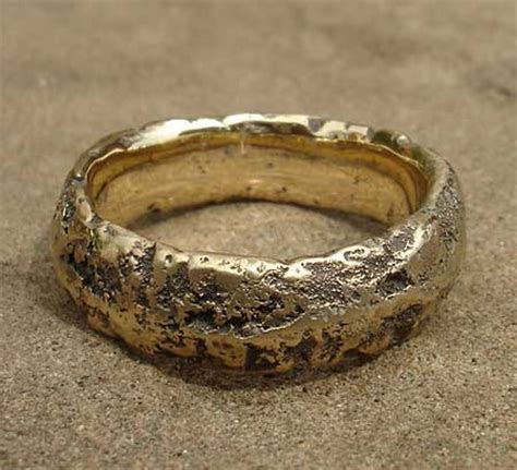Men's Heavily Textured Gold Wedding Ring : LOVE2HAVE in